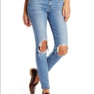 Levi's 721 Distressed High Rise Skinny Jeans